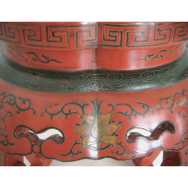 Antique Red Lacquer Chinese Drum Stool/Side Table For Sale In Tampa - Image 6 of 6