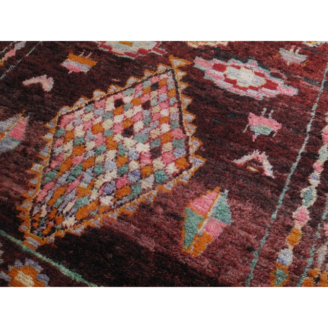 Moroccan Boujad Rug - 5′9″ × 11′8″ For Sale - Image 4 of 12