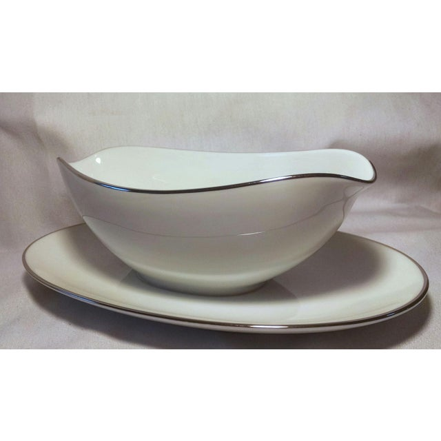 Noritake White Platinum Colony Gravy Boat With Attached Underplate - Image 5 of 6