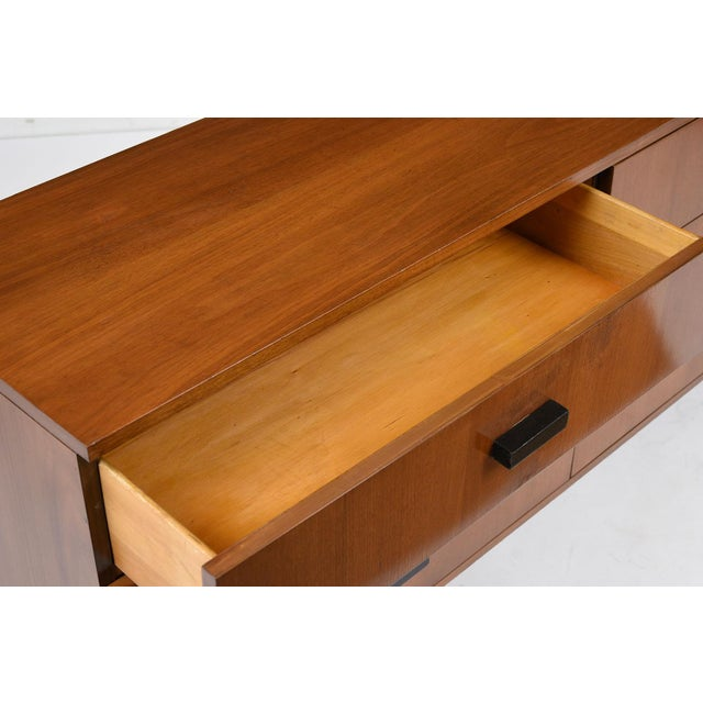 Mid-Century Modern-style Chest of Drawers - Image 5 of 7
