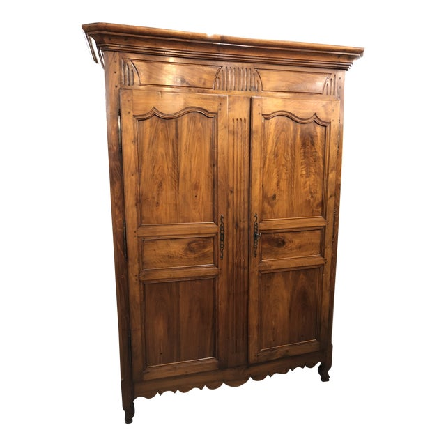 19th Century Louis XV Provincial Walnut Armoire For Sale