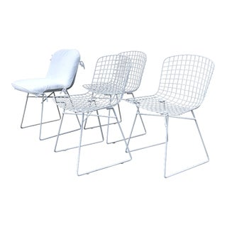 White Iron Chairs in the Style of Bertoia - Set of 4 For Sale