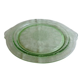 Circa 1930s Anchor Hocking Glass Co. Vaseline Glass Cameo Handled Cake Tray For Sale