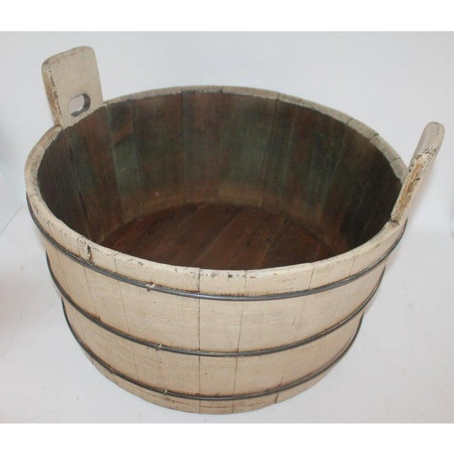 American 19th Century Original Cream Painted Wash Tub For Sale - Image 3 of 7