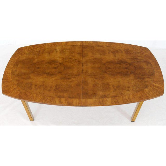 1980s Oval Boat Shape Banded Burl Wood Dining Table With 2 Leaves Extensions For Sale - Image 5 of 12