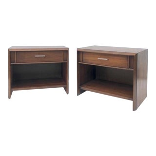 Mid-Century Modern Nightstands by Lane- a Pair For Sale