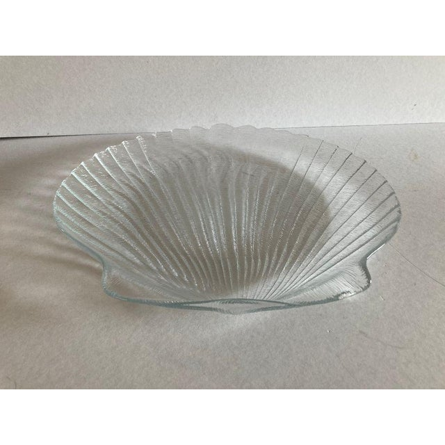 Mid-Century Modern 1990's Clamshell Glass Serving Plate For Sale - Image 3 of 5