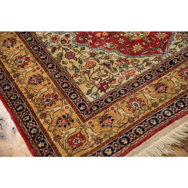 "Textile Vintage Romanian Hereke Design Rug - 4'10"" X 7'6"" For Sale - Image 7 of 10"