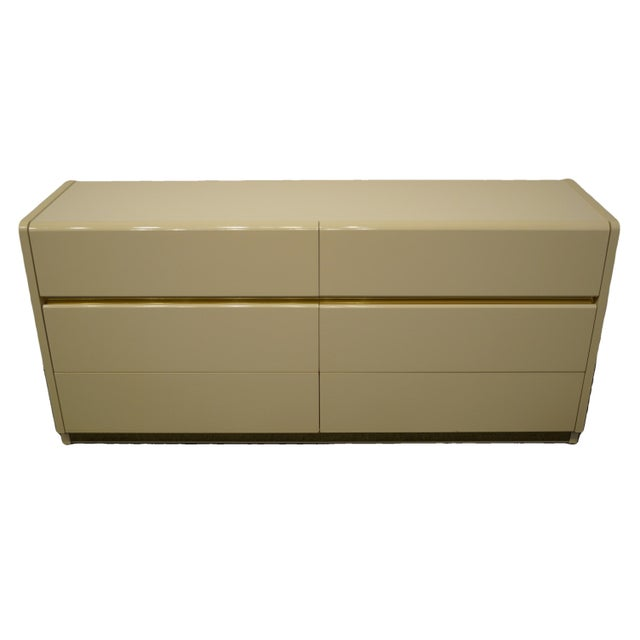 Lane Furniture Contemporary Cream/Off White Lacquered Double Dresser For Sale - Image 13 of 13