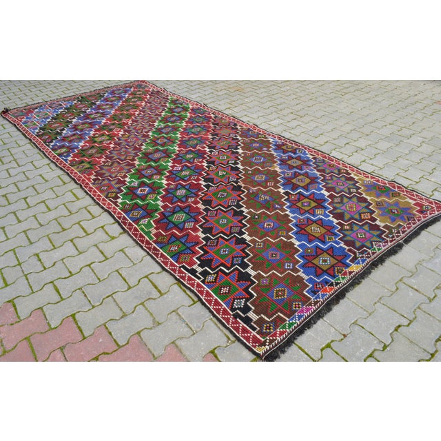 1970s Handwoven Turkish Kilim Rug. Traditional Oushak Area Rug Braided Kilim - 6′ X 13′5″ For Sale - Image 5 of 12