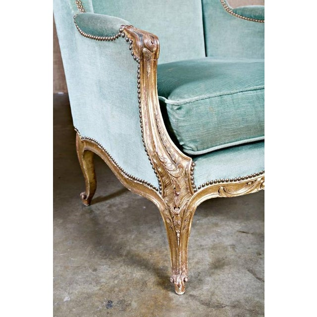 19th Century French Louis XV Style Carved Giltwood Bergeres - A Pair For Sale In Birmingham - Image 6 of 12