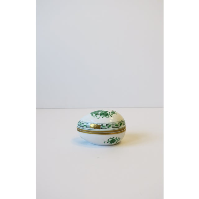 Herend White Green Gold Porcelain Egg-Shaped Jewelry Box For Sale - Image 13 of 13
