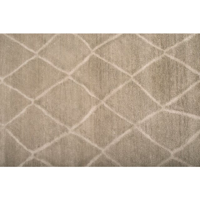 Contemporary Stark Studio Rugs Contemporary Oriental 100% Bamboo Silk Rug - 9' X 12' For Sale - Image 3 of 4