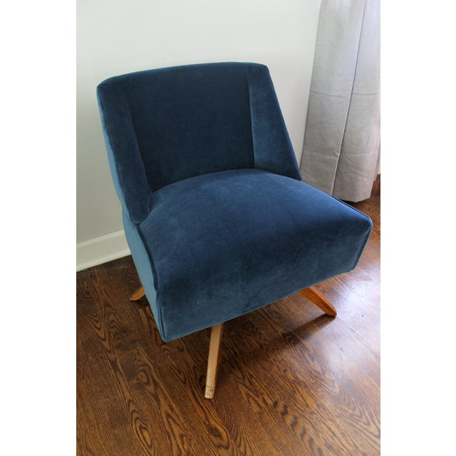 Vintage Mid Century Modern Accent Chair - Image 9 of 9