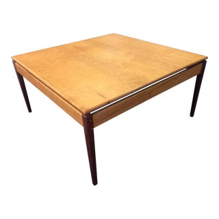 1960s Mid Century Modern Coffee Table For Sale
