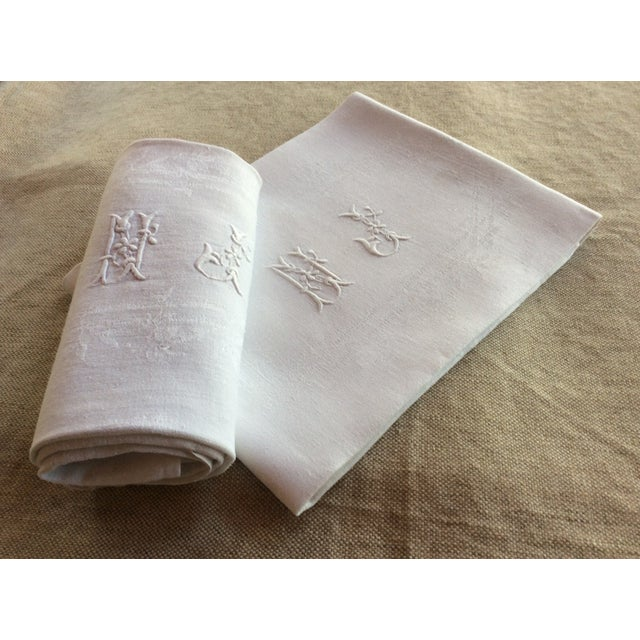 Linen Early 20th Century Antique French Linen Napkins - A Pair For Sale - Image 8 of 8