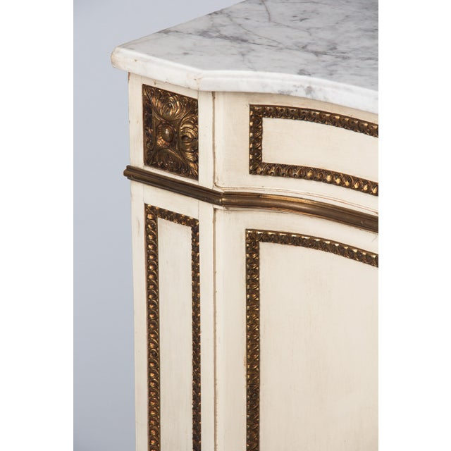 1940s Italian Painted Louis XVI Style Marble Top Chest of Drawers For Sale - Image 4 of 12