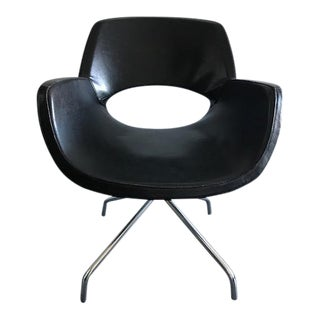 Executive Office Armchair with Metal Legs