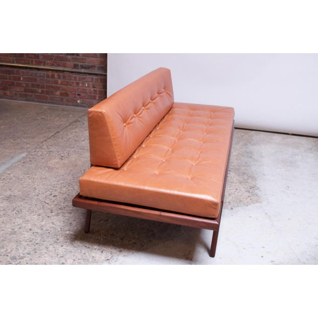 Mel Smilow Mid-Century Walnut and Leather Daybed / Settee by Mel Smilow For Sale - Image 4 of 13