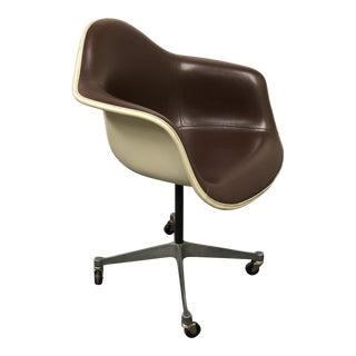 Herman Miller Eames Bucket Chair For Sale