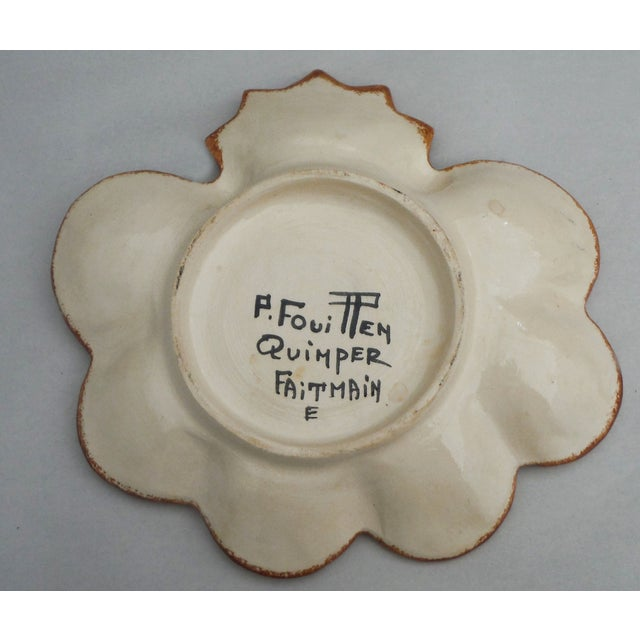 English Traditional Vintage Majolica Quimper Oyster Plate For Sale - Image 3 of 3
