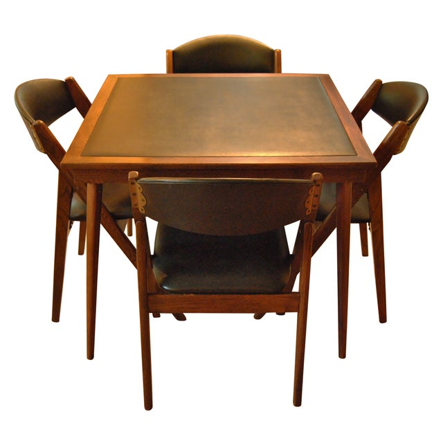 Stakmore Folding Chairs and Game Table - Image 1 of 7