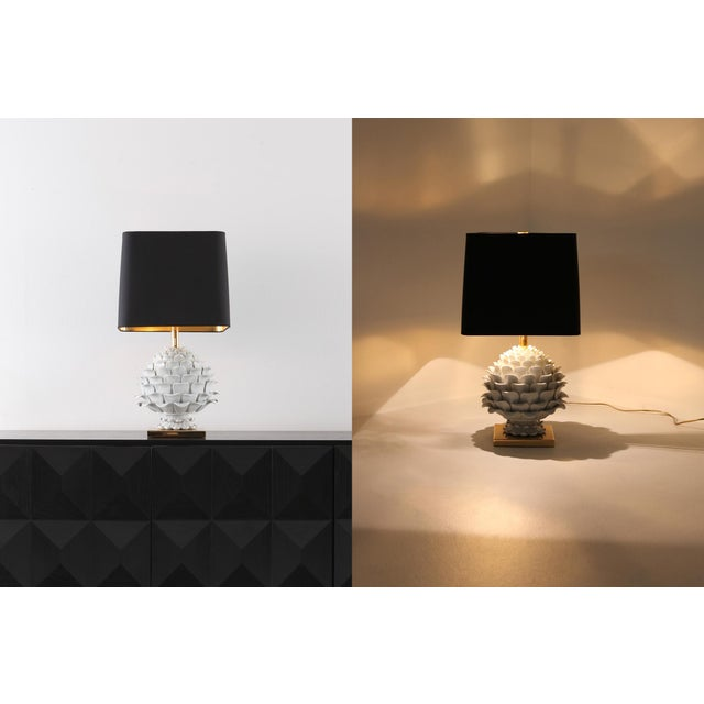 Exquisite Ceramic And Brass Artichoke Table Lamp Decaso