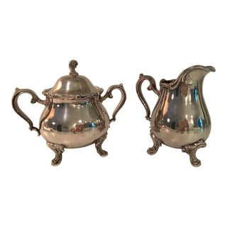 20th Century Traditional Wilcox International Silver Company Silverplate Sugar Bowl & Creamer Set - 2 Pieces For Sale