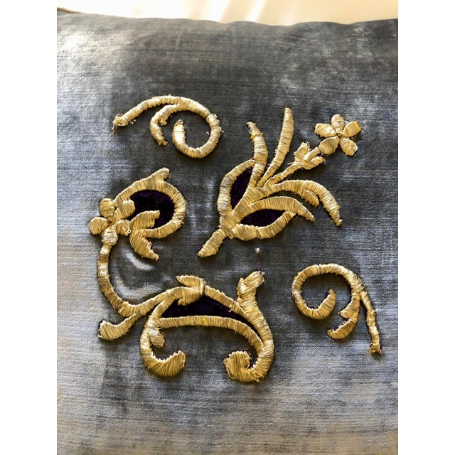 Early 19th Century Grey Velvet Pillows Re-Designed With Antique Silver Wire Embroidery- a Pair For Sale - Image 5 of 13