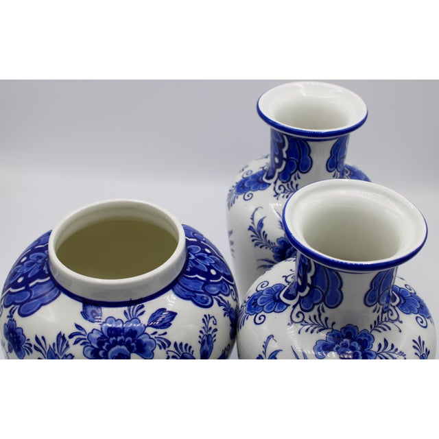 Ceramic Mid-20th Century Blue and White Floral Dutch Delft Ginger Jar and Vase Set For Sale - Image 7 of 13