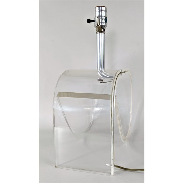 Dorothy Draper Style Lucite Table Lamp For Sale - Image 12 of 13