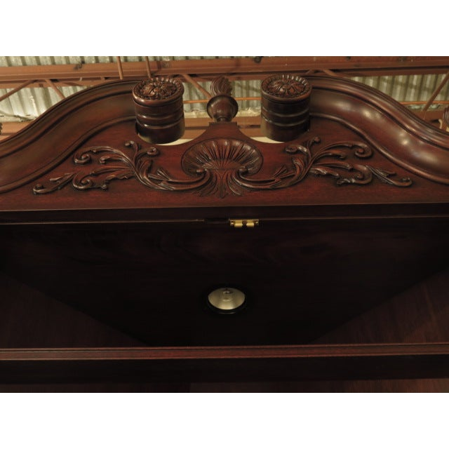 Henkel Harris Mahogany Welford Corner Cabinet - Image 7 of 11