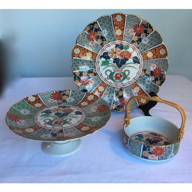 Japanese Imari Porcelain Serving Dishes - Set of 3 For Sale - Image 13 of 13