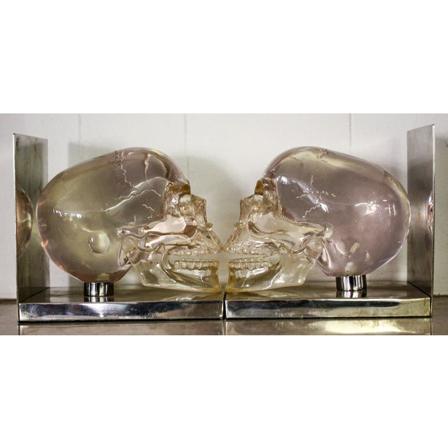 French 70's Lucite Skull Bookends For Sale In Los Angeles - Image 6 of 7