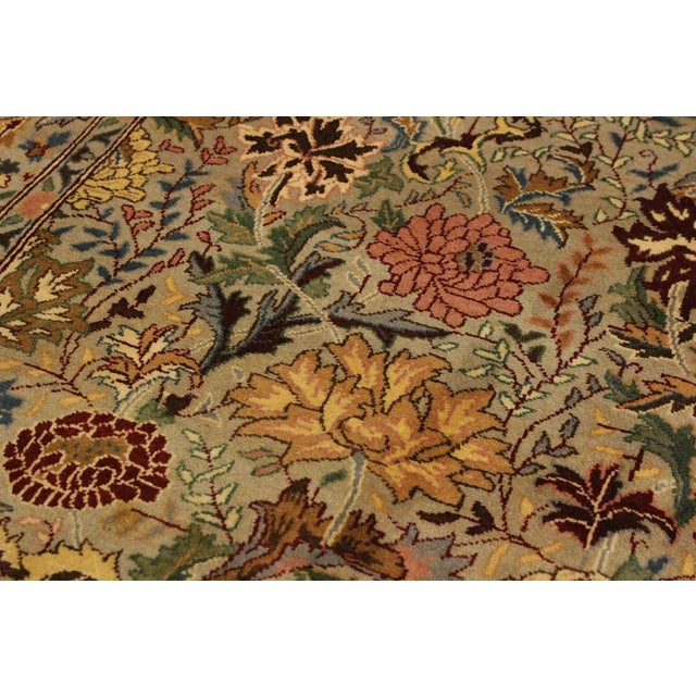 2010s Pak-Persian Jeni Lt. Gray/Gold Wool Rug - 4'1 X 6'2 For Sale - Image 5 of 8