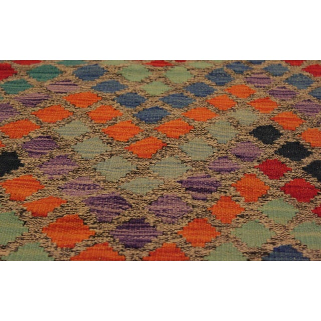 1990s Shabby Chic Lani Gray/Blue Hand-Woven Kilim Wool Rug -5'9 X 7'11 For Sale - Image 5 of 8