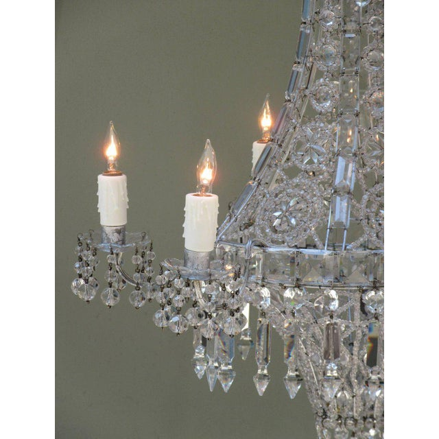 Italian Early 20th Century Italian Neoclassical Crystal and Tole Chandelier For Sale - Image 3 of 8
