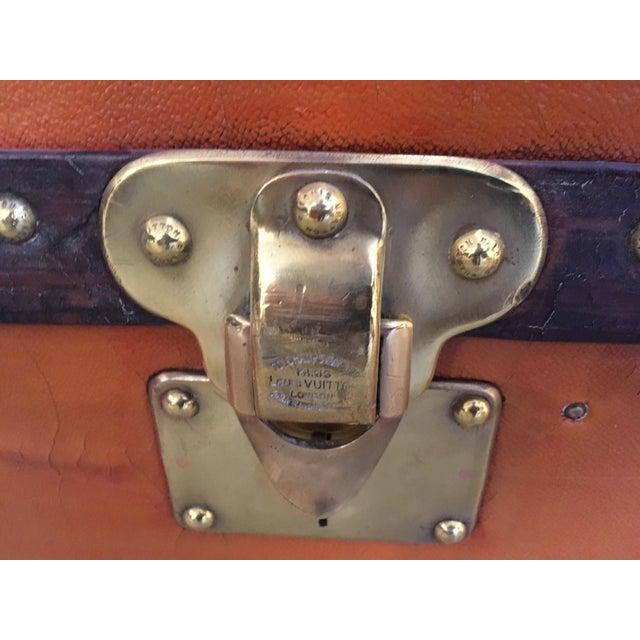 Early 20th Century Rare Louis Vuitton Orange Vuittonite Wardrobe Trunk, Circa 1920's For Sale - Image 5 of 9