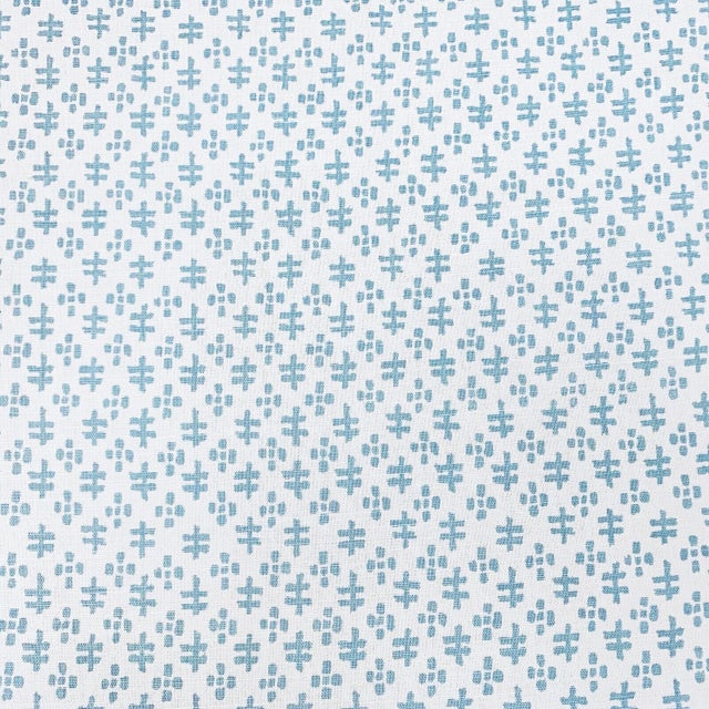 Contemporary Contemporary Sister Parish Tucker Linen Designer Fabric by the Yard For Sale - Image 3 of 3
