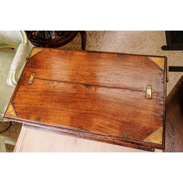 English Traditional Oak box For Sale - Image 3 of 8
