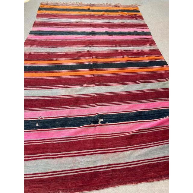 Moroccan Vintage Flat-Weave Stripe Kilim Rug For Sale In Los Angeles - Image 6 of 13