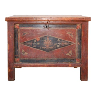 MId 19th Century Latvian Dowry Chest For Sale