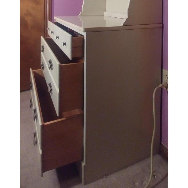 Ethan Allen Ethan Allen White Dresser & Hutch For Sale - Image 4 of 7