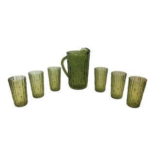 Mid 20th Century Vintage Anchor Hocking Tahiti Bamboo Avocado Green Glass Pitcher & 6 Tumblers - Set of 7 For Sale