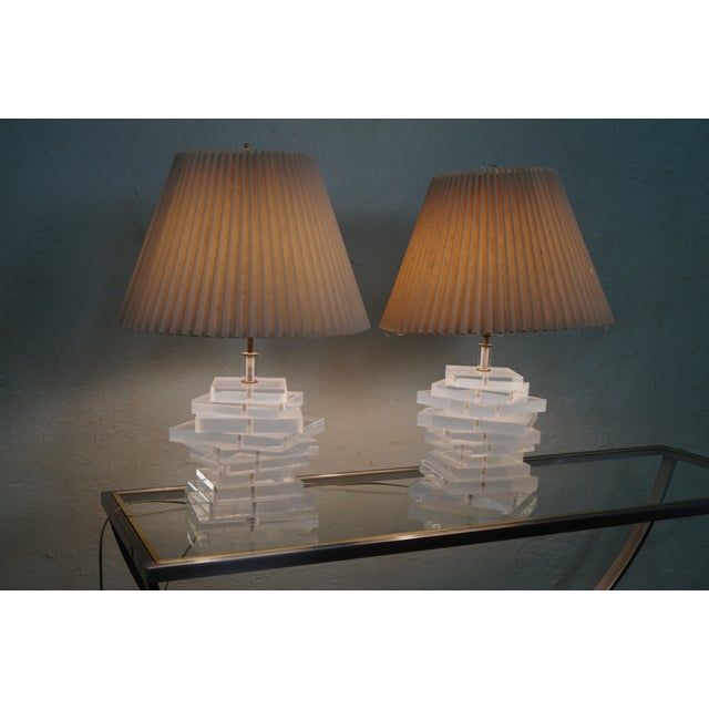 Mid-Century Stacked Lucite Lamps - Pair For Sale - Image 7 of 10