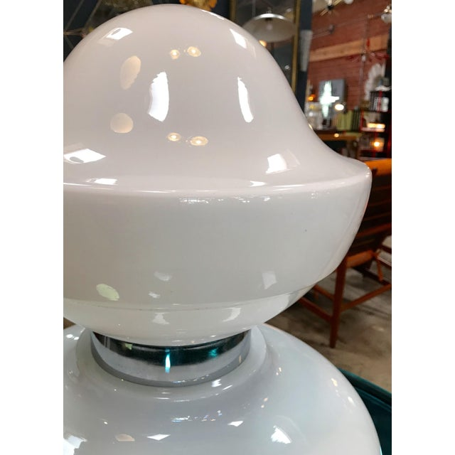 1960s Oversized Italian Opaline Glass Space Age Table Lamp For Sale - Image 4 of 8