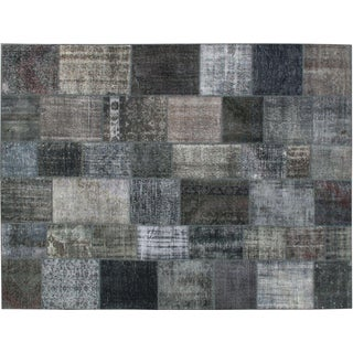 Stark Studio Rugs Traditional Oriental Turkish Patchwork Wool Rug - 10′1″ × 13′7″ For Sale