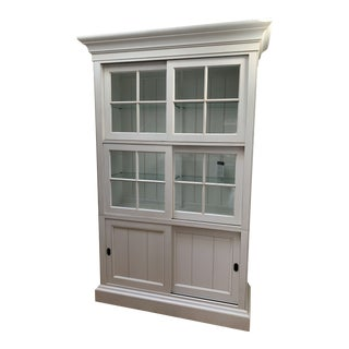 Cottage Ethan Allen China Cabinet For Sale