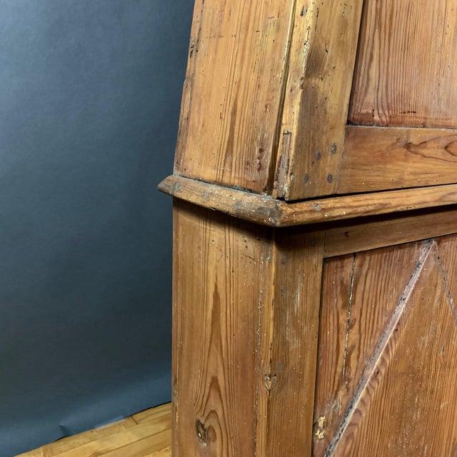 Gustavian 1810 Mora Longcase Pinewood Clock, Sweden For Sale In New York - Image 6 of 13