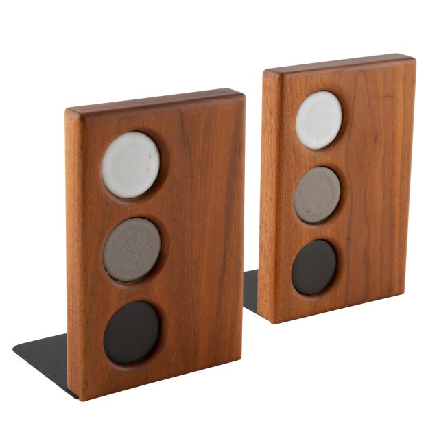1960s Ceramic and Walnut Bookends by Gordon and Jane Martz for Marshall Studios - a Pair For Sale